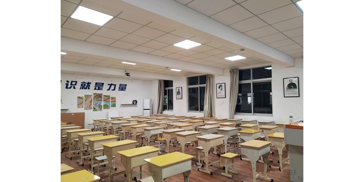 """嘭!嘭!嘭!华辉""""互联网+""""智慧教室强势进驻温岭市这些学校啦~"""