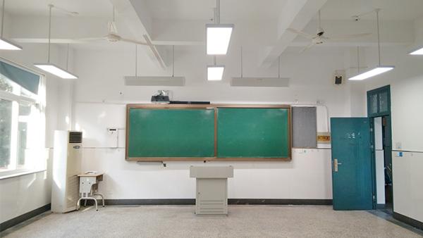 智多多LED护眼教室灯——专注健康教室照明