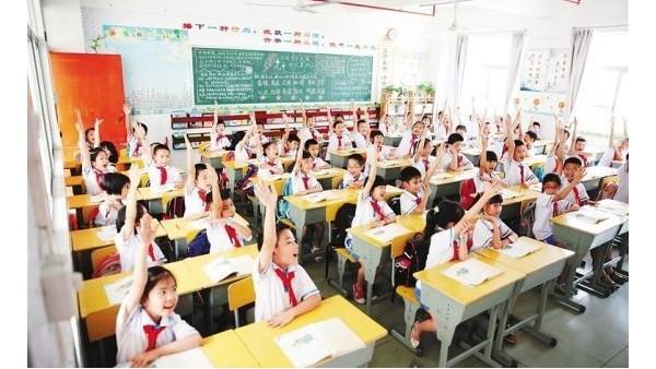 呵护青少年视力健康,为什么教室要选择护眼教室灯具?