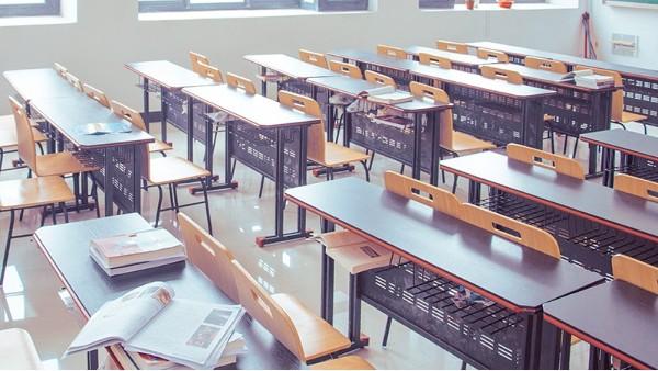 健康的教室照明,如何协调自然光与室内照明的关系?