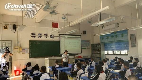 预防近视,为青少年打造教室优质照明光环境是首要任务